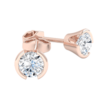 An exquisite pair of diamond earrings with round brilliant cut diamonds in 18ct rose gold